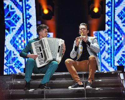 Чим здивує другий півфінал Євробачення 2017 і чому ведучі заспівають