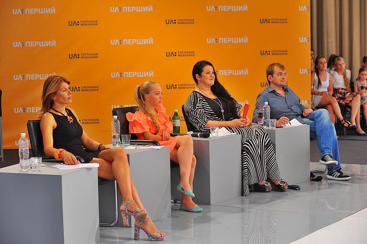 http://1tv.com.ua/uploads/media/photo/2015/07/27/966632c7674457a4bc9048e0418b52e7.jpg