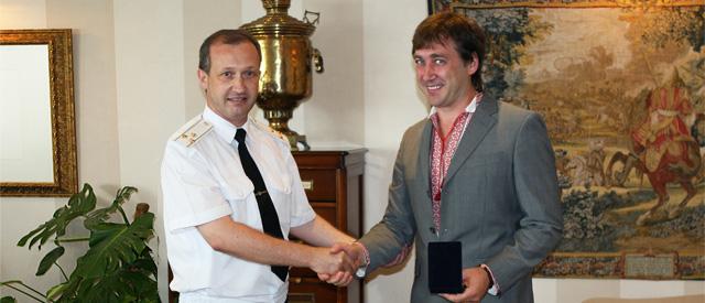 http://1tv.com.ua/uploads/news/2011/07/19/1e84abe6057d58fe1dba5a08675eb0372141e797.jpg