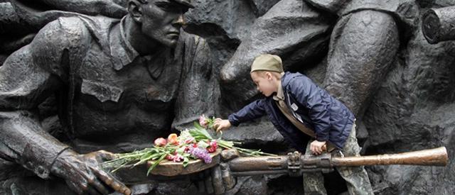 http://1tv.com.ua/uploads/news/2013/11/04/ee2d9f86a6e05f0a91d404d7c102b58b9150475c.jpg