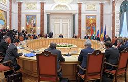 Тристоронні переговори у Мінську поновляться